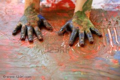 4170173-mani-di-pittura-per-bambini-artista-multi-colore-con-le-dita